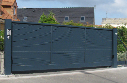 clowill r alisation portail aluminium motorise garnissage plein. Black Bedroom Furniture Sets. Home Design Ideas