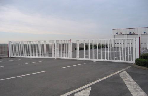 Portails B4 motorisés