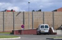 <p> <strong>Clôture Mur Plaques Dalles Gravillonnées</strong></p>