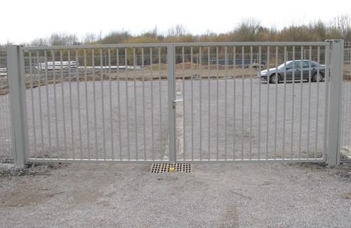 Clowill nos produits portails et barri res portails battants manuels - Portillon double battant ...