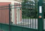 Cloture barreaudée et portail (L'Hay les Roses)
